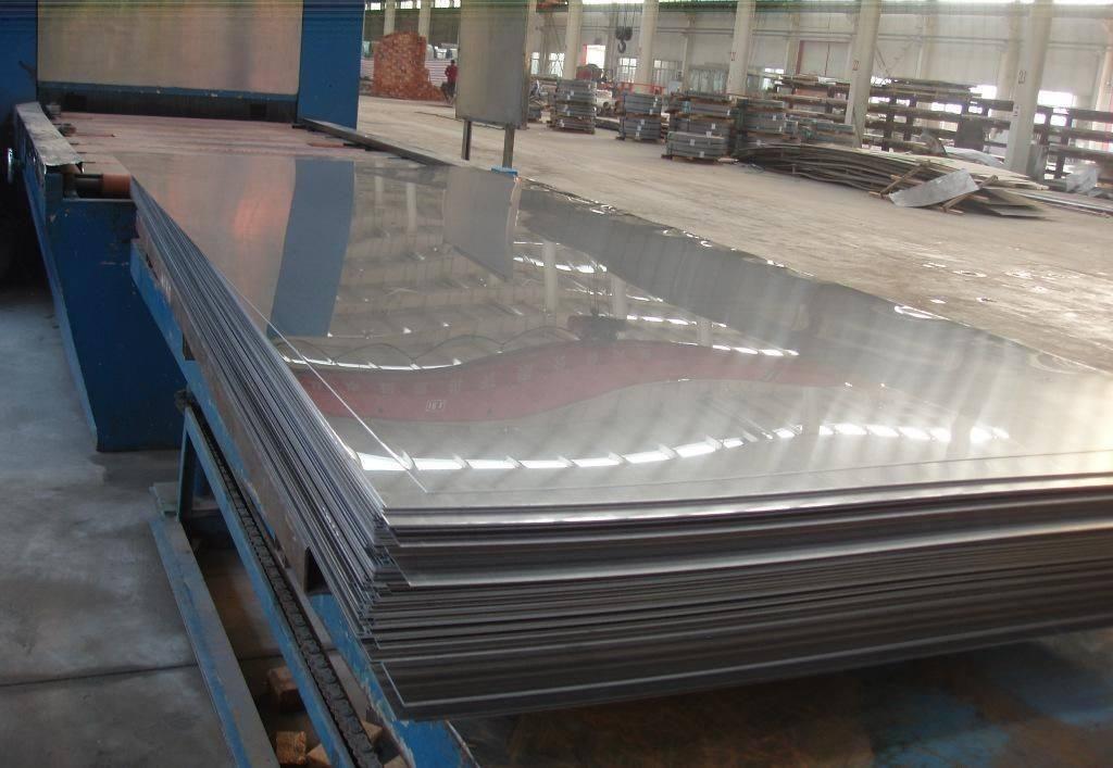 成都不銹鋼廠告訴你什么是真正的304L不銹鋼板