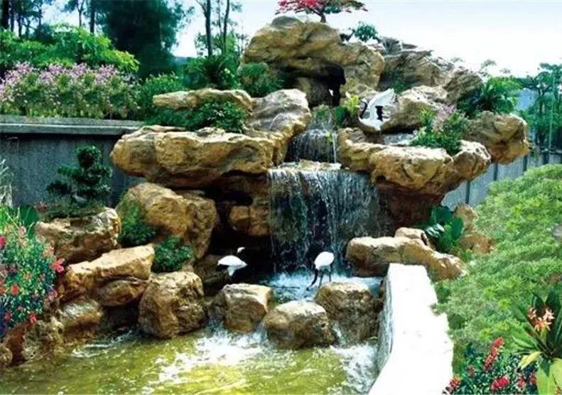 园林千层石假山喷泉设计喷泉有哪些呢?乾通精工景观邀您了解