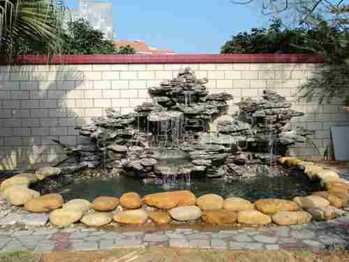 宁夏乾通精工景观邀您了解假山流水和假山喷泉的功用,快来了解一下吧
