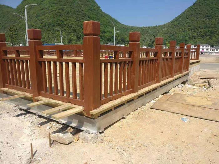 成都防腐木围栏