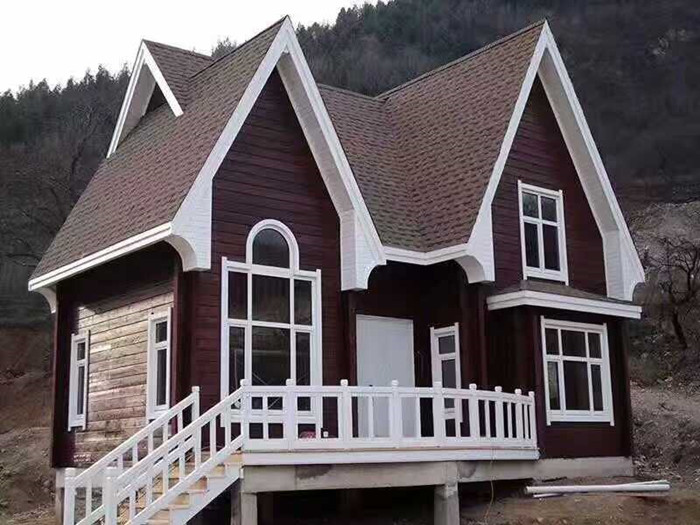 成都防腐木别墅后期的保养工作如何开展?