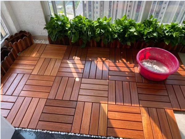 使用成都防腐木地板的间距几毫米比较合适