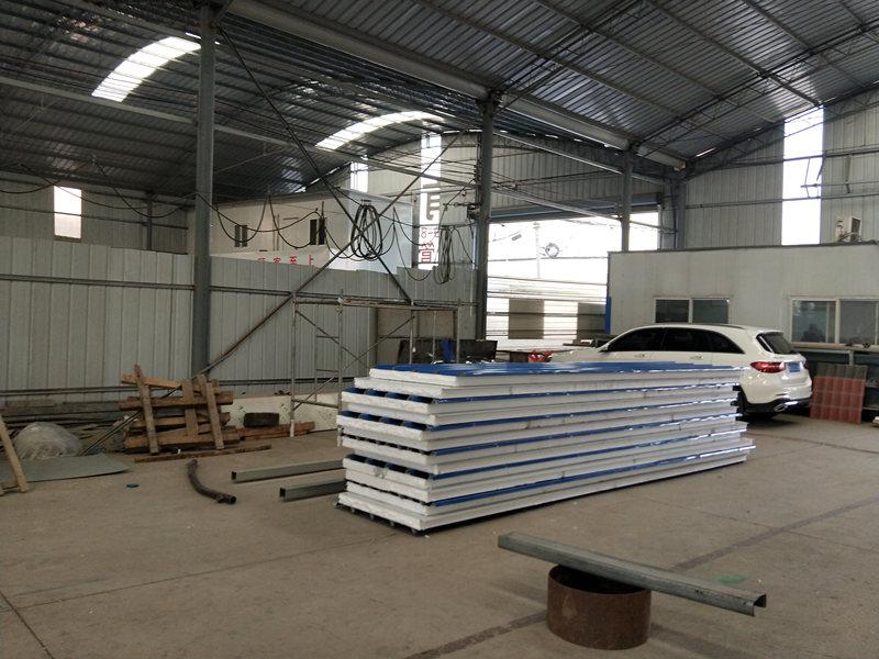 岩棉夹心板生产工厂