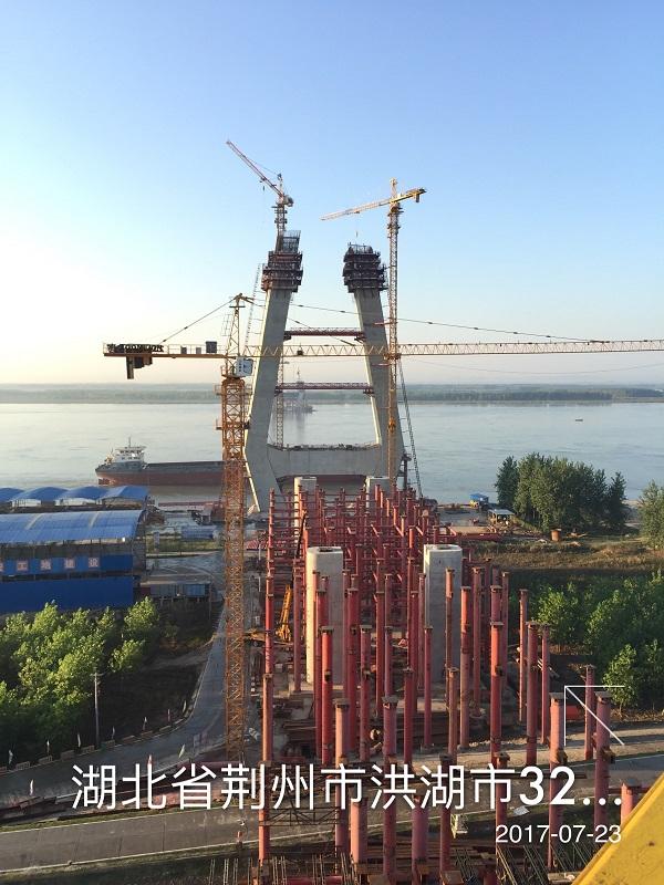 成都租塔吊在施工时常见事故的原因分析