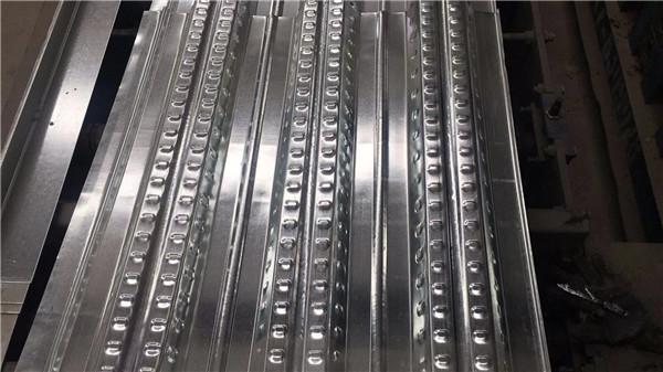 钢筋桁架楼承板有哪些特点和优势?