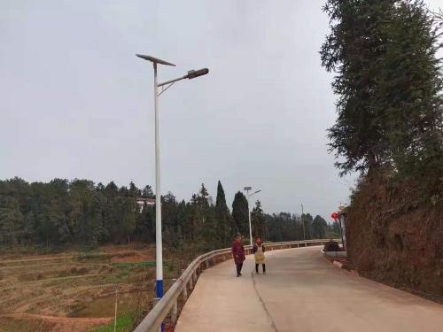 成都太阳能路灯定制