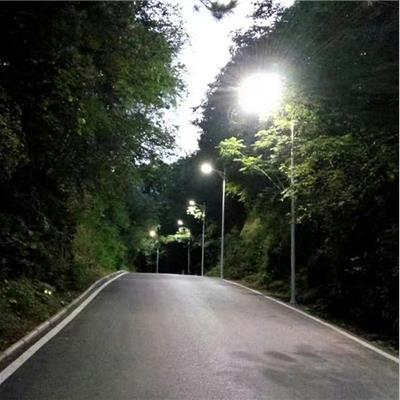 太阳能路灯新农村亮灯