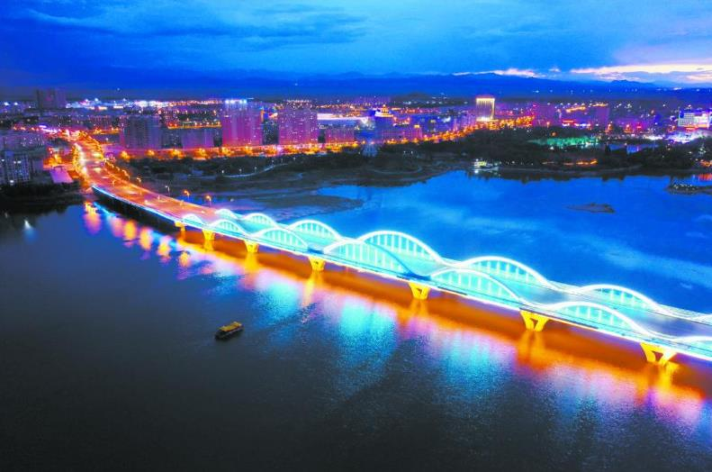 【新疆是个好地方】博尔塔拉大桥夜景
