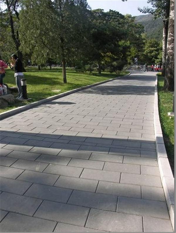 公园道路铺设