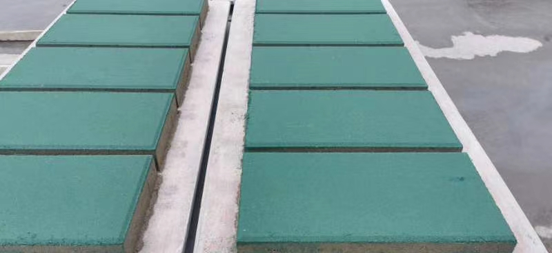 绿色透水砖生产现场