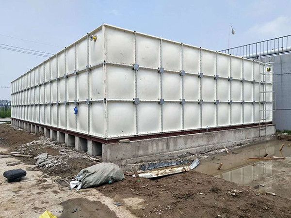 陕西玻璃钢水箱厂家