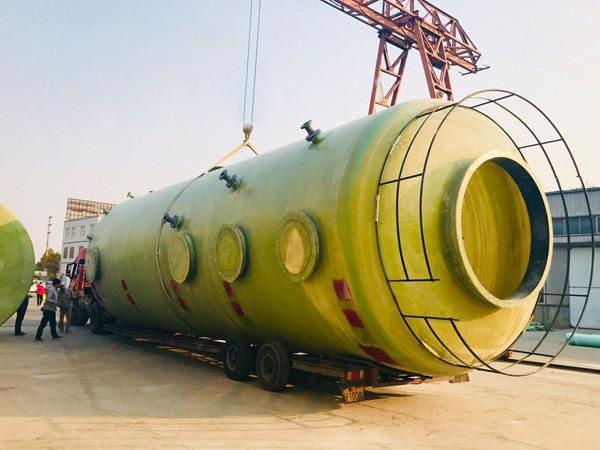 厂家带你了解怎样避免西安玻璃钢储罐在运行途中产生破碎?