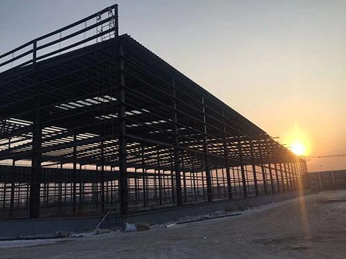 双龙与乌兰察布皮件产业园合作钢结构工程