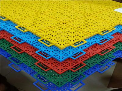 悬浮拼装地板厂家