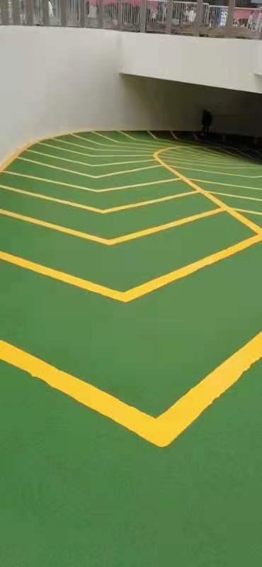 地下车库无振动陶瓷颗粒防滑路面