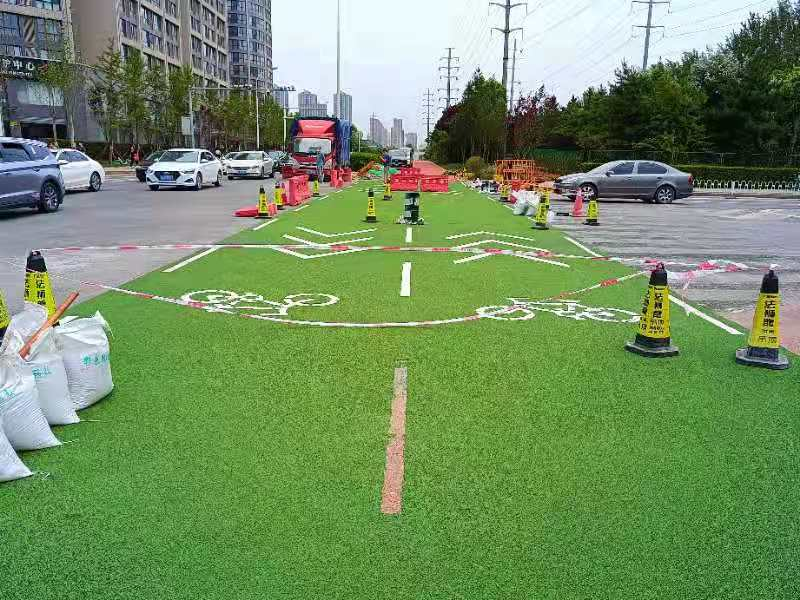 高新区自行车道彩色陶瓷颗粒防滑路面