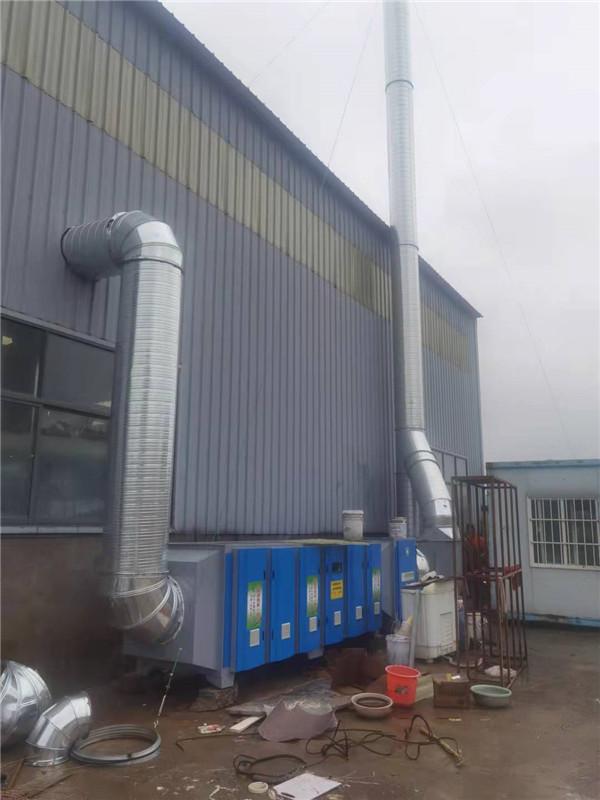 油漆厂光氧催化和活性炭吸附设备