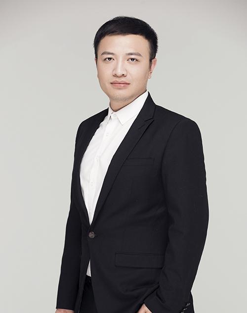 洪博-集影飞扬特级教师