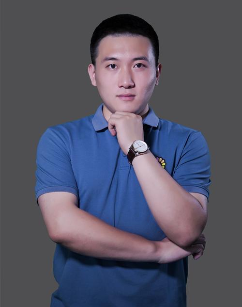 李静杰-集影飞扬特级教师
