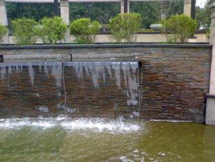 小区水幕墙