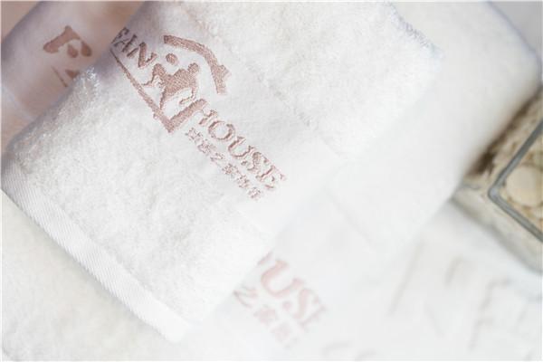 常见的酒店布草面料缩水率及影响因素