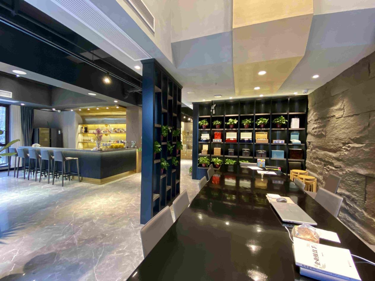 西安烟酒展柜设计