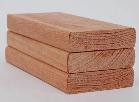 艺鑫园为你介绍成都防腐木木材与实木的区别
