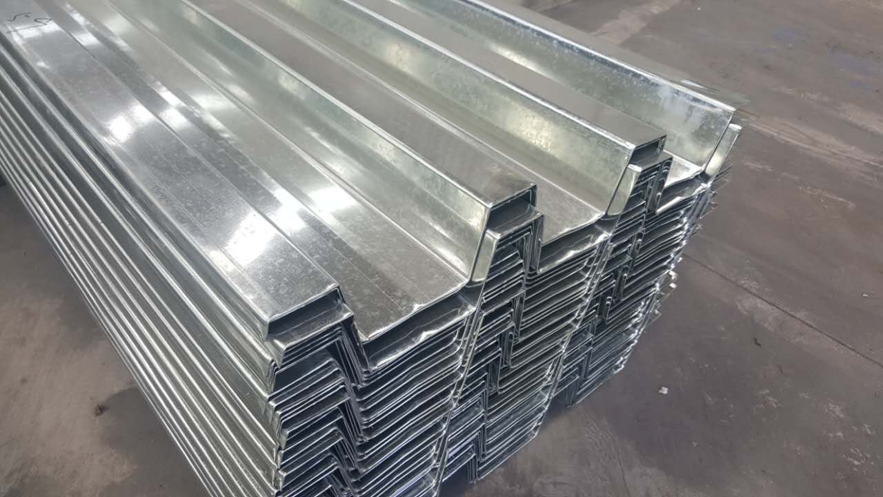 關于桁架樓承板安裝施工安全注意事項!