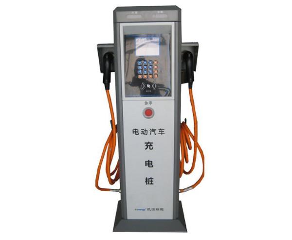 告诉你夏季雷雨天使用充电桩给新能源汽车充电您需注意哪此事项!