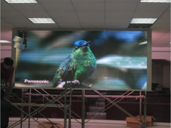 新郑市西亚斯商学院LED显示屏案例