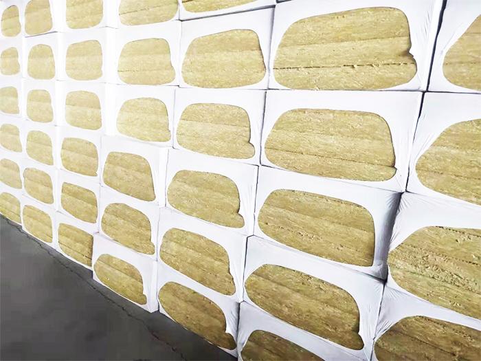 岩棉板的应用及岩棉保温板在工业方面的特点
