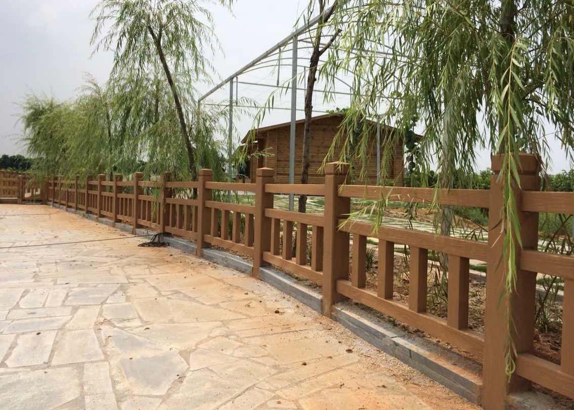 四川仿木护栏施工