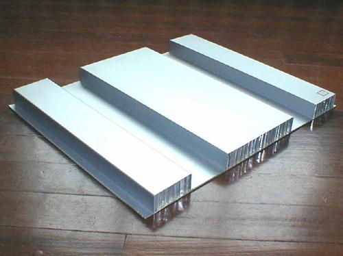 西安蜂窝铝板