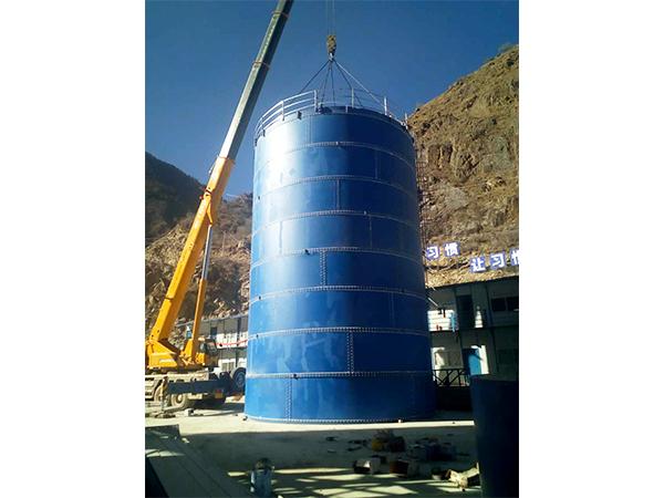 四川水泥罐厂家产品安装成功案例