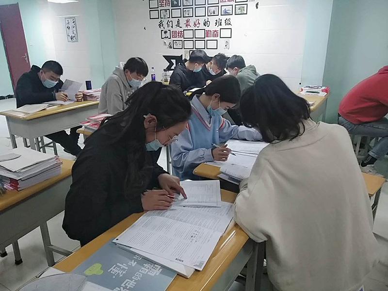 兰州博才教育自习室
