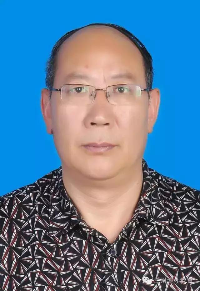 语文教师杨戈