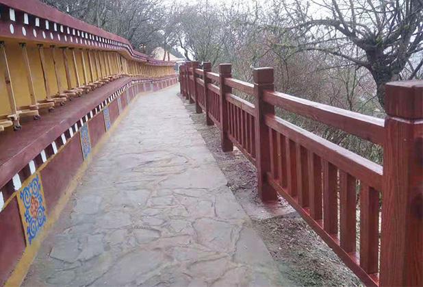 如何预防四川仿木栏杆出现裂缝?看过来