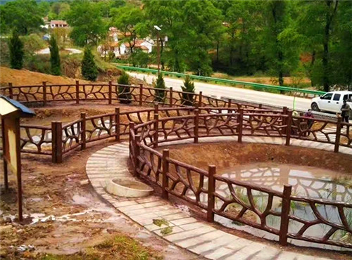 四川仿木栏杆厂家为你讲解景区栈道铺板仿木混凝土栏杆是怎样安装的?