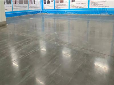小编对比:密封固化地坪和抛光混凝土地坪