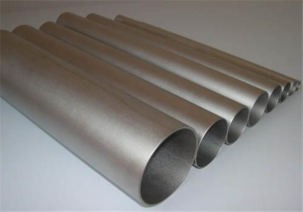 你以为钛管和不锈钢管的区别是什么吗?让我们和小编一起学习。