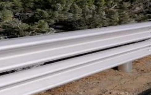 青銀高速公路護欄翻新涂裝施工
