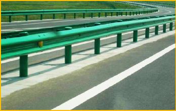 高速公路護欄板也是需要保養的,千萬別忽略了!