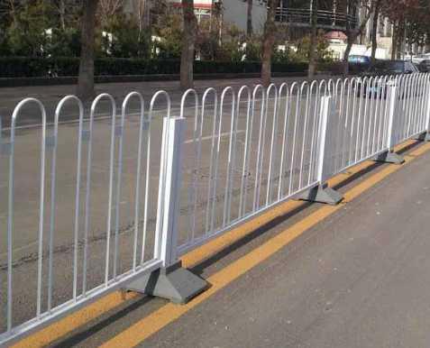 市政护栏有多少种?内蒙古景观护栏翻新带你来了解