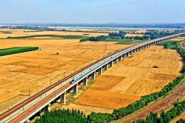 全國鐵路6月25日實行新的列車運行圖