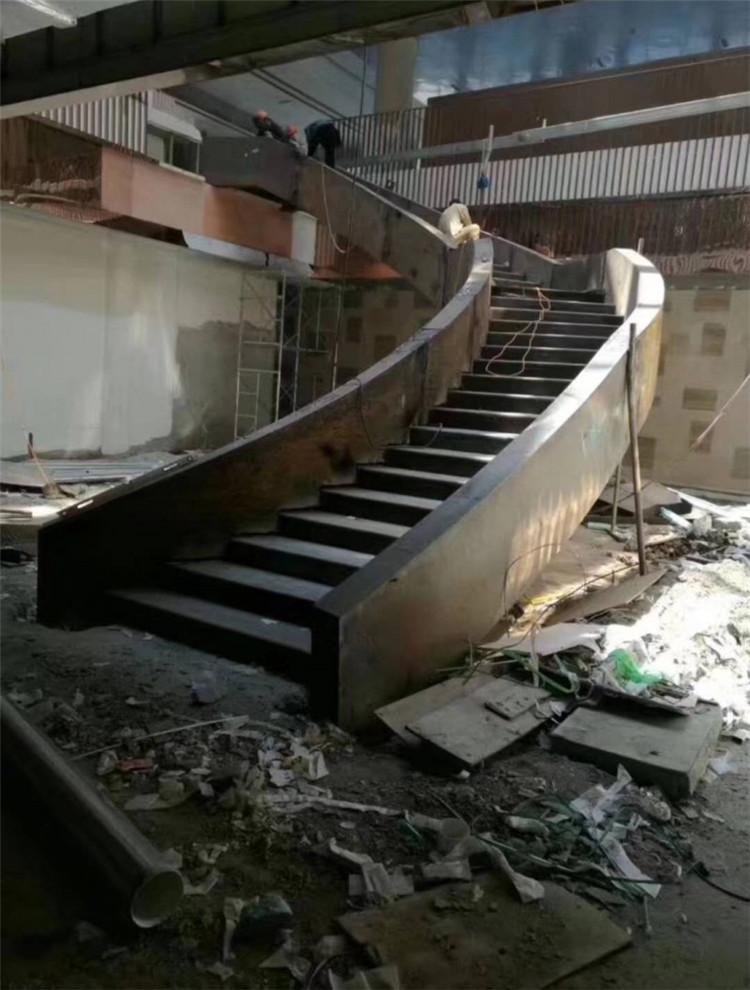 西安旋转楼梯的优缺点是什么?看看你就知道了