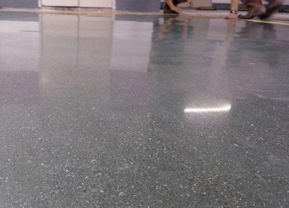 防滑型地面石材的清洗养护技术