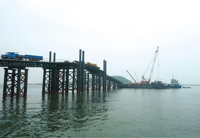 四川钢便桥打桩施工有哪些注意事项?