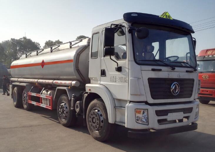 使用四川罐式运输车运输腐蚀性物品得注意的要点!