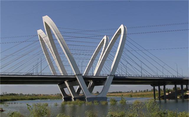 贝斯特之西安富裕路沣河大桥检测