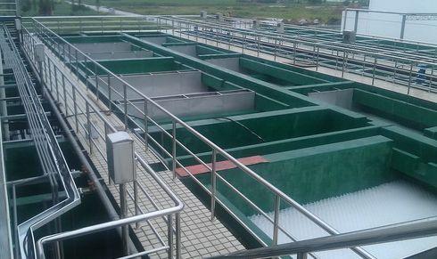 一体化污水处理设备安装与保养注意事项。